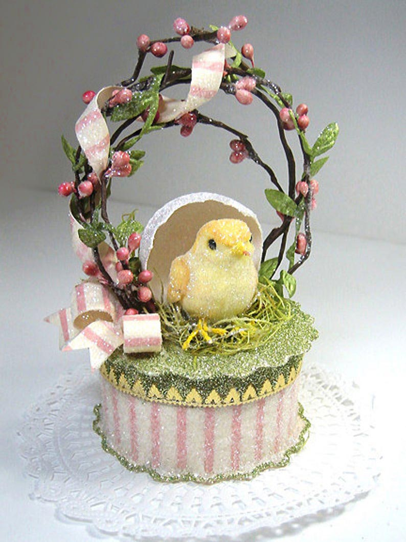 Baby Chick Cake Topper Gift Box