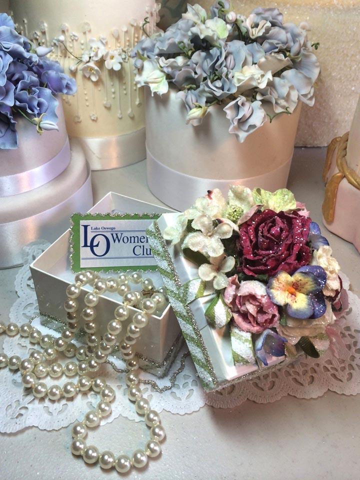 Custom Women's Club Gift Custom Women's Club Gift Box Open Open