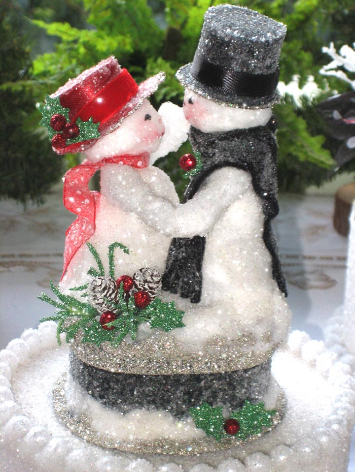Dancing Snowman Couple