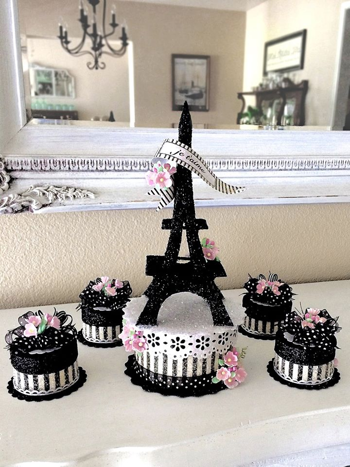 Eiffel Tower Cake Topper Keepsake Box