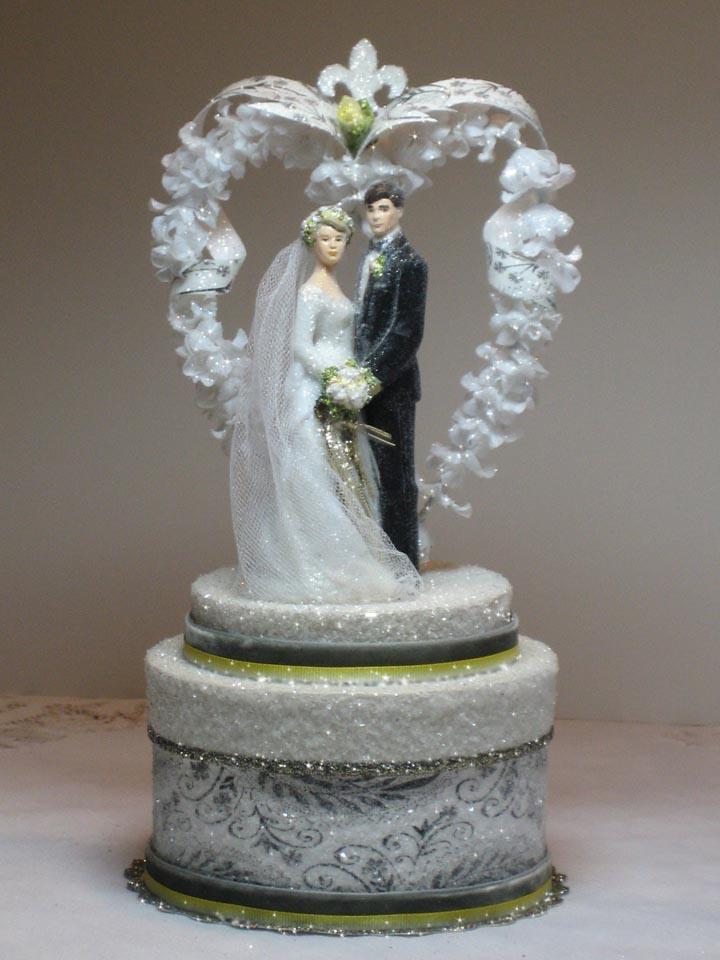 Wedding Fleur De Lis Heart Cake Topper